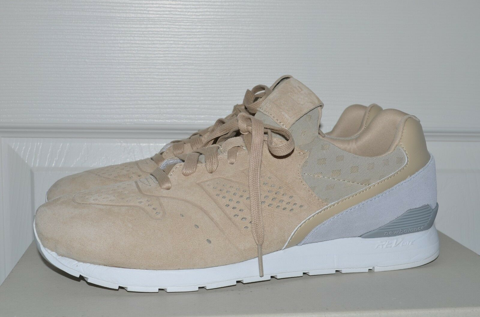 New Balance Men 696 Re-Engineered MRL696DJ tan sand light grey MRL696DJ Size 11