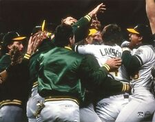 OAKLAND A'S 8x10 Team Photo 1989 WORLD SERIES CHAMPS Battle of the Bay vs Giants