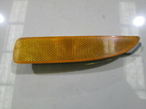 GENUINE-2005-Mazda-3-right-Rear-Bumper-Reflector-P-2491-A