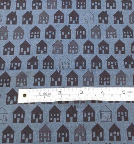 Noir maisons tissu rétro sur gris Fat Quarters 100/% coton MCS 13-44908
