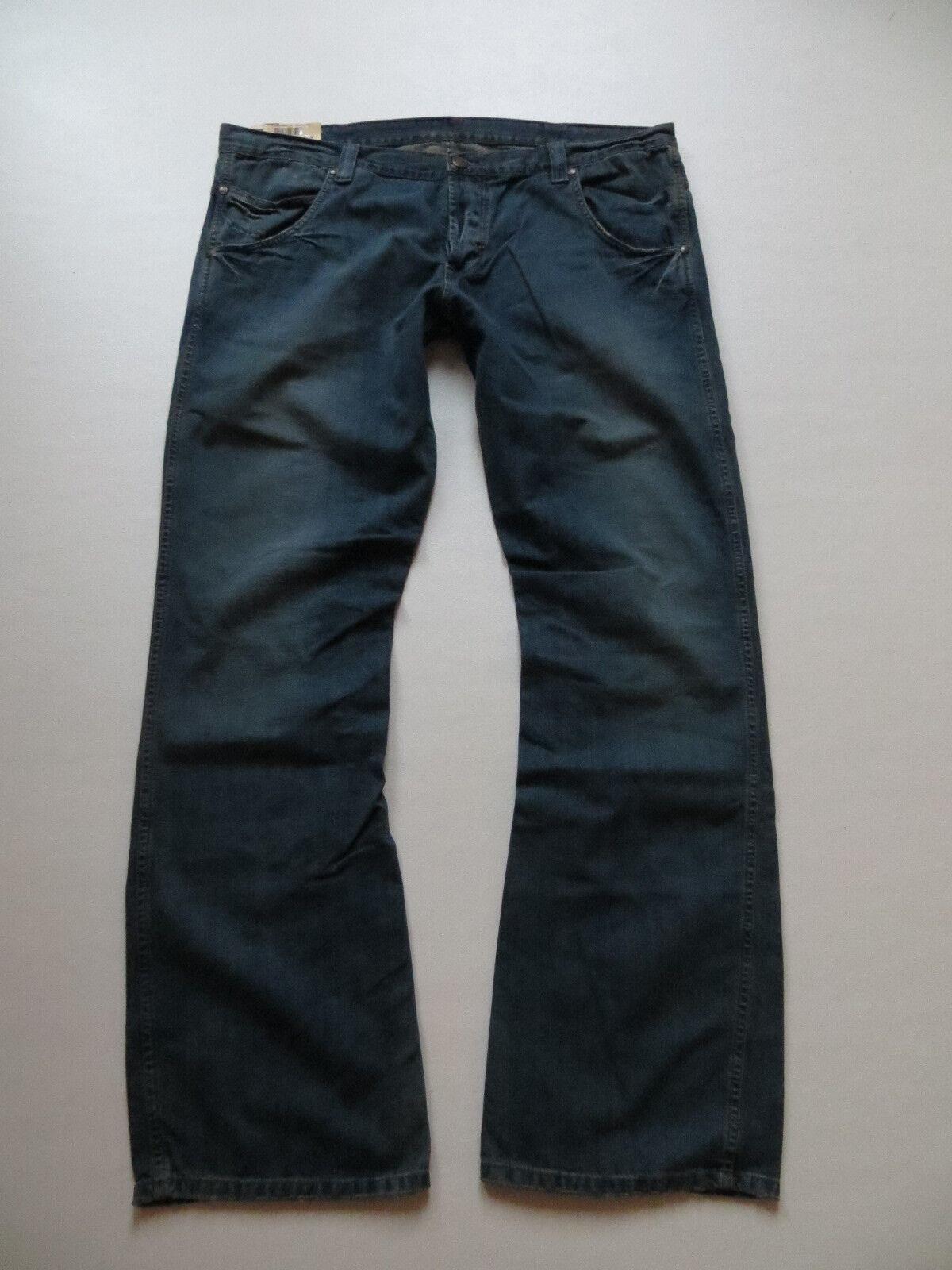 Wrangler SHARKEY Stiefelcut Jeans Hose W 38  L 34 NEU   INCA ASHES X-Low Denim