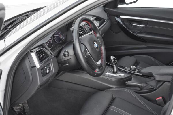 BMW 320d 2,0 Touring Sport Line xDrive aut. billede 8