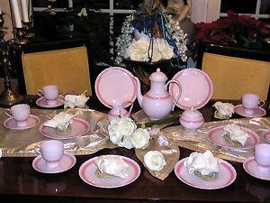 edles kaffeeservice hutschenreuther porcelaine rose monique 12 personen top ebay. Black Bedroom Furniture Sets. Home Design Ideas