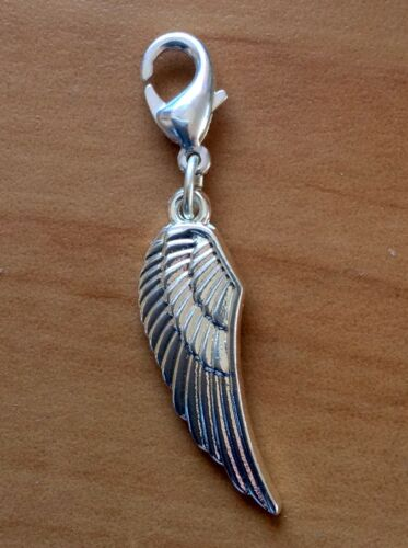 Angel wing with clasp Silver plated 45 mm long in total.