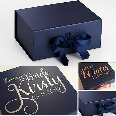 Accurato A5 Profondo Blu Scuro Scatola Regalo Personalizzato San Valentino Matrimonio Sposa Damigella Compleanno-mostra Il Titolo Originale