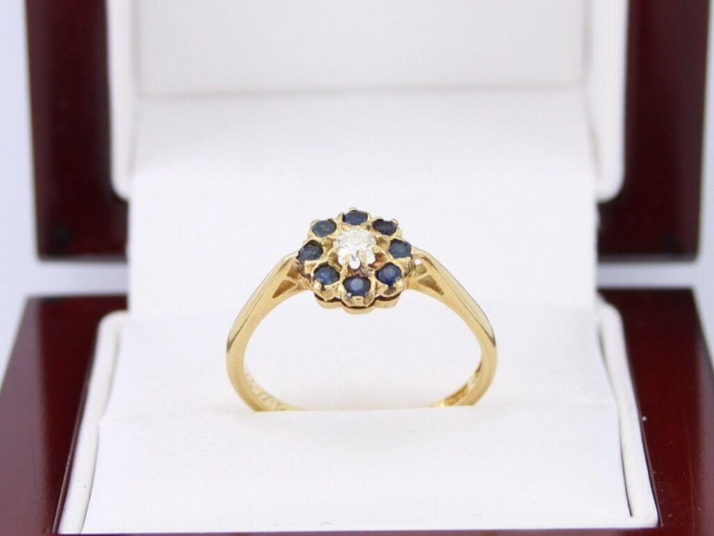 Diamond Ring Sapphire 18ct gold Cluster Ladies Authentic Size Q 1 2 X68
