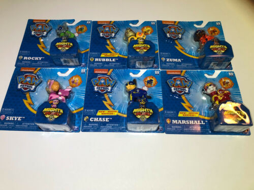Rubble PAW Patrol Mighty Pups Light Up Badge and Paws Chase Rocky ++ Skye