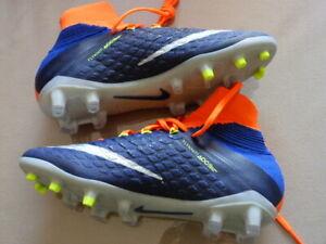 online here catch new appearance Détails sur Basket Foot Nike hypervenom flyknit Chaussures de Football  taille 36,5 *NEUVE*
