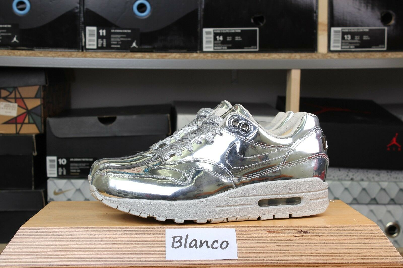 5738eefdef DS WMNS Nike Air Max 1 SP Liquid Silver Metallic UK 4 635786-002 ...