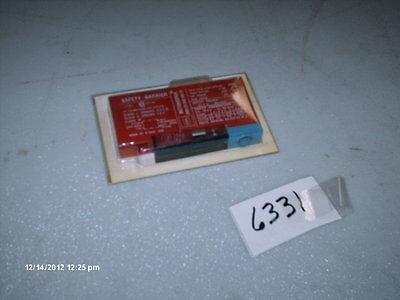 100% Waar Stahl Intrinspak Safety Barrier #8901/31-280/100/70 Safety Value 27.3v (nib) Hot Sale 50-70% Korting