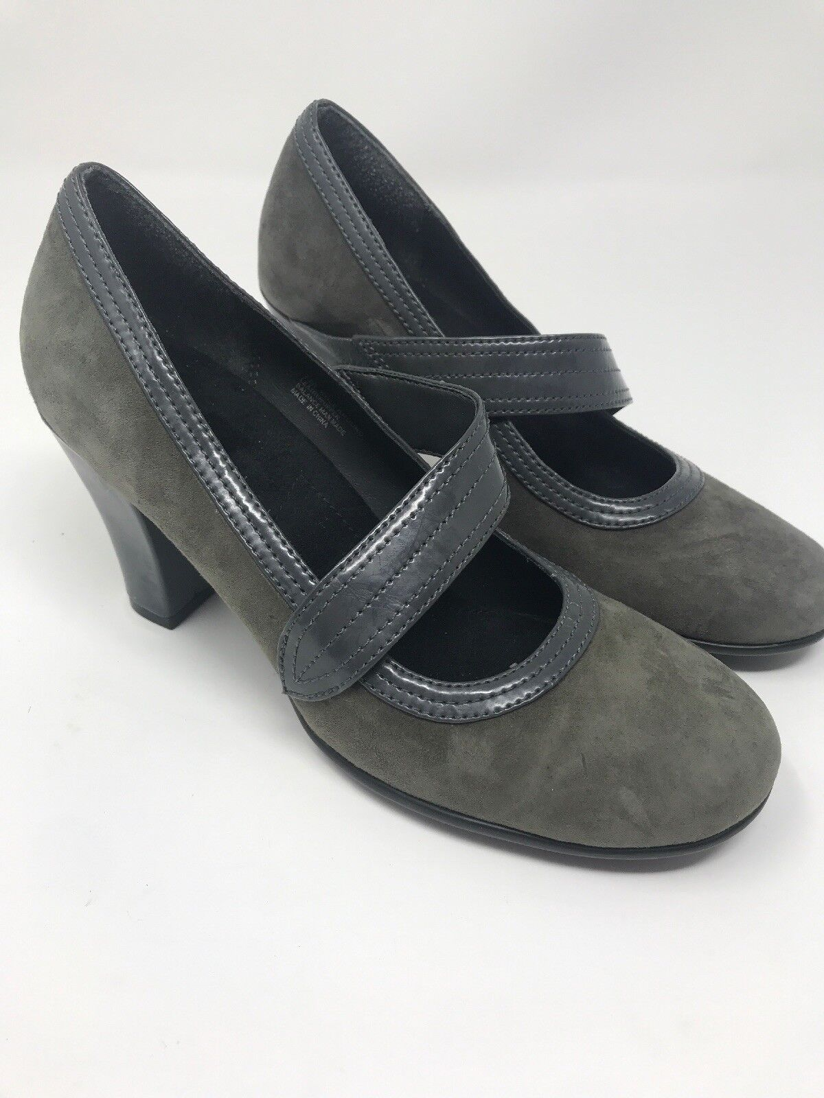 Aerosoles Sz 7 M Green Olive  Suede Leather Mary Jane Heels Pumps Role Around