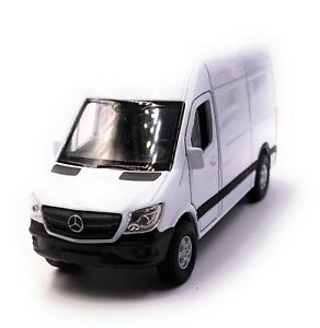 Mercedes-Benz-Sprinter-Panel-Van-blanc-voiture-miniature-voiture-echelle-1-34-LGPL