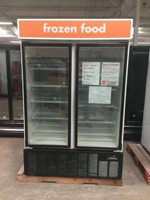 MB MASTER-BILT BLG-48HD Freezer 2-Door  **LOOKS NEW**   AMAZING DEAL!!