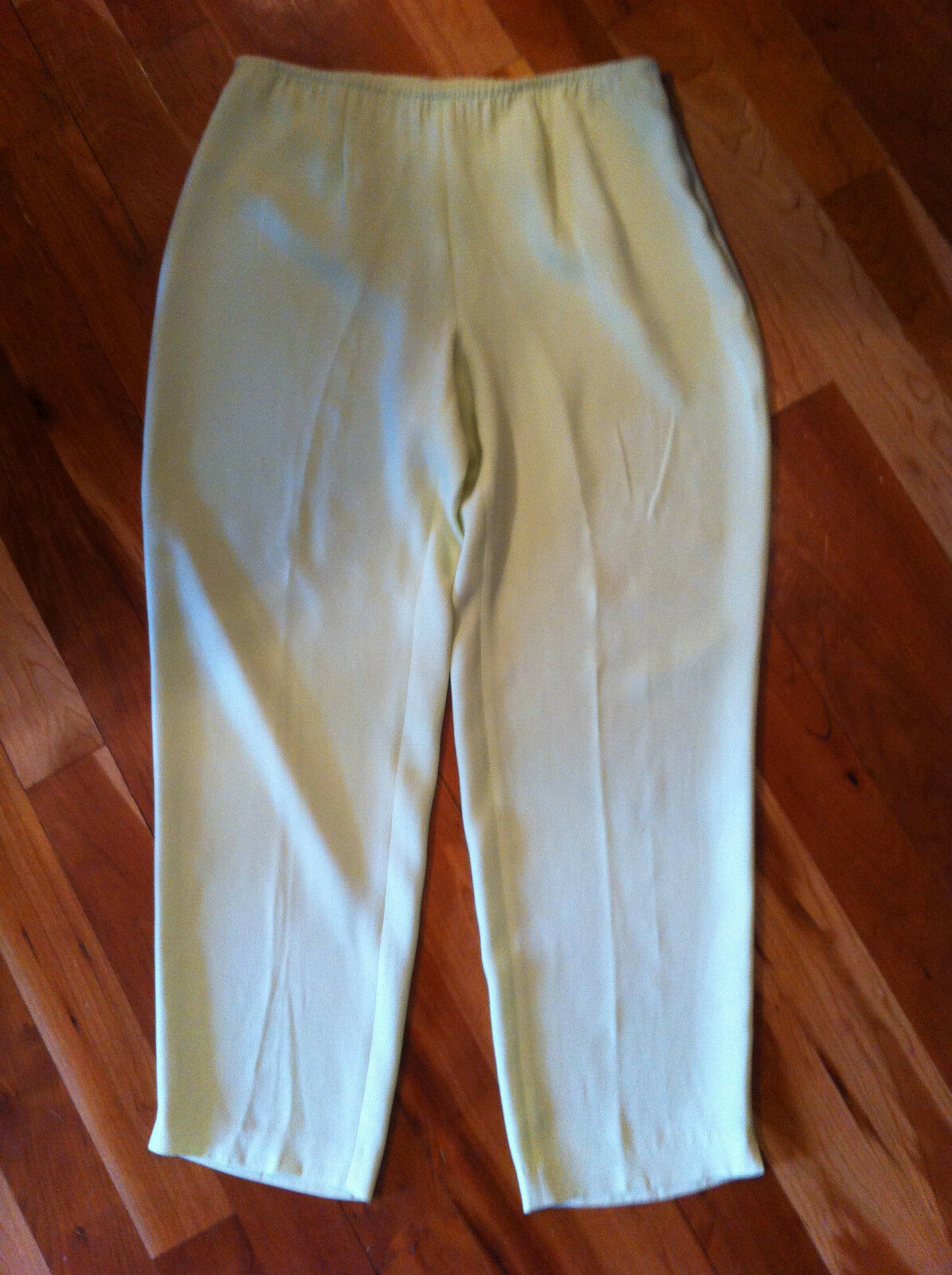 NWT EILEEN FISHER SILK LIGHT CELERY GREEN PANTS SIZE M SLIM ANKLE PANT