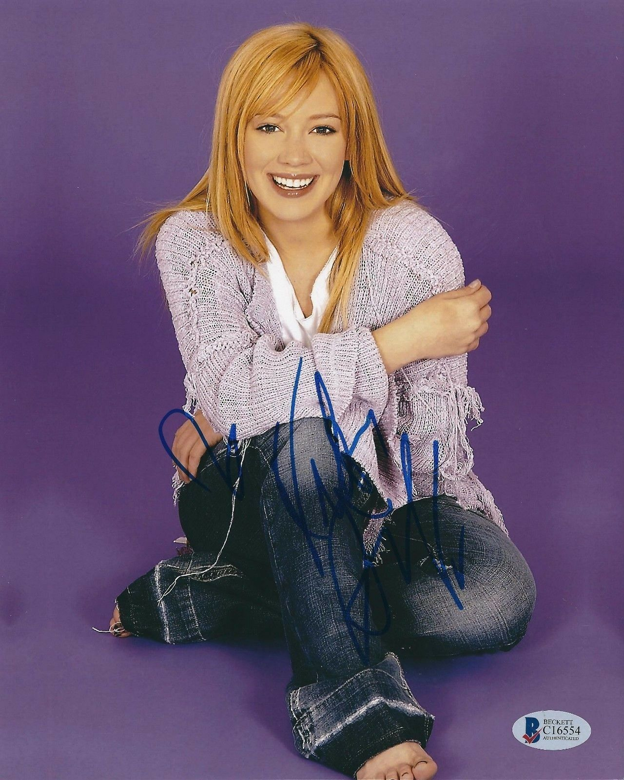 Hillary Duff Signed 8x10 Photo Beckett *Disney *Model *Actress C16554