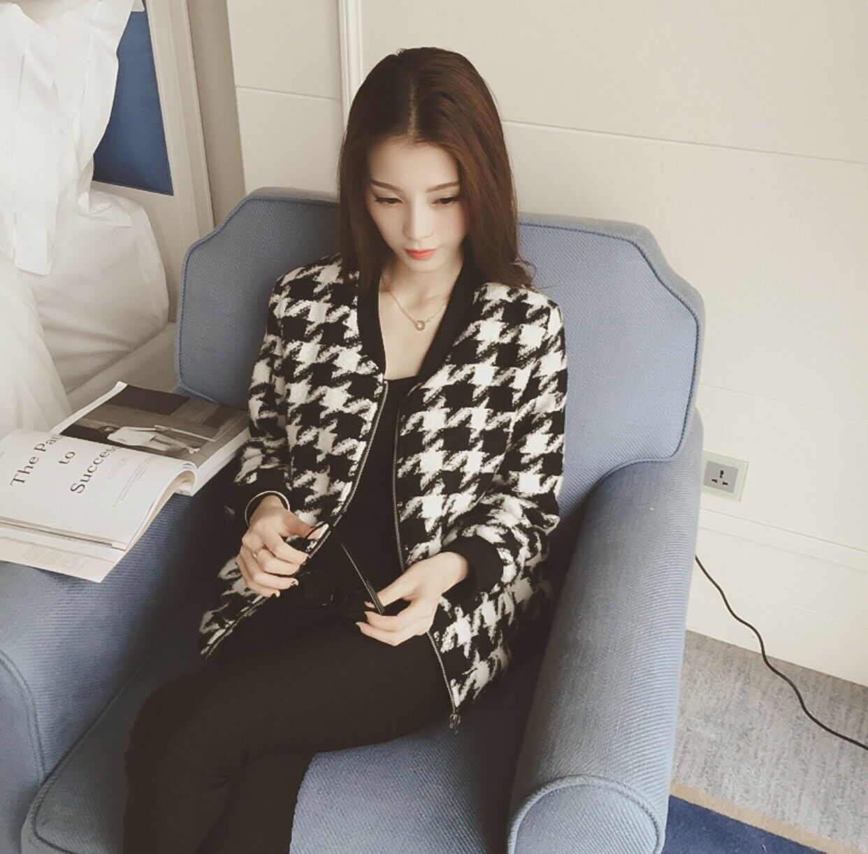 Women Fashion Jacket Black And White Mix Color Lady School Young Beauty
