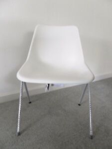 John Lewis Exclusive Robin Day Polyside Chair 1963 White