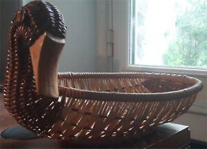 Corbeille vintage en osier (Canard) - Longueur : 27 cm / Largeur : 19 cm