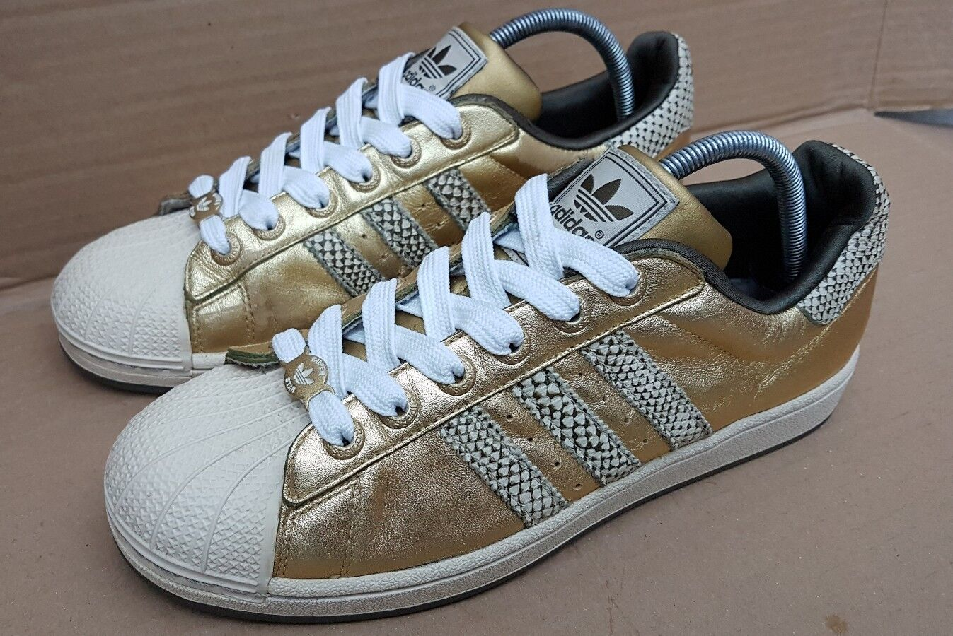 ADIDAS SUPERSTAR TRAINERS GOLD SNAKESKIN IN SIZE 7.5 UK RARE DEADSTOCK