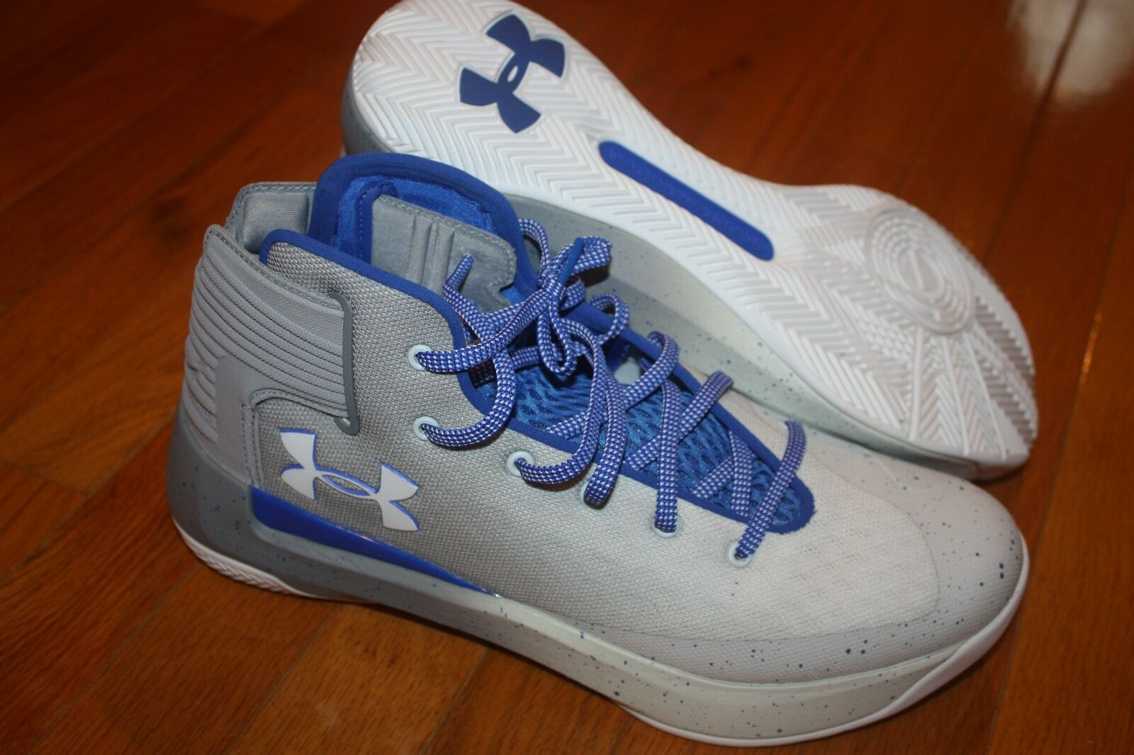 7dc4bb728f2 New In Box Box Box Under Armour Men s Curry 3Zero White TeamRoyal Basketball  Shoes cf1df6