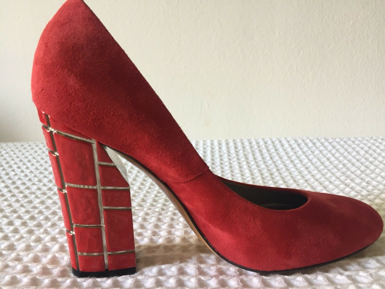 CASADEI RED SUEDE with Unique heel detailing  SZ US 7, UK 4, EU 37