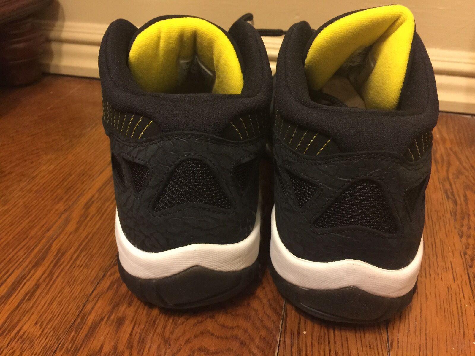 online retailer e5181 592a6 ... Nike Air Jordan 11 Black Retro Low Size 11 Black 11 Zest 26cc72
