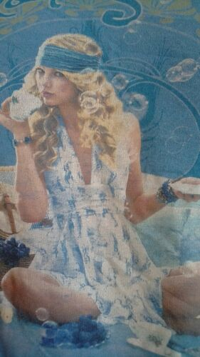 Taylor Swift Fearless Tour 2009 T-shirt Blue color