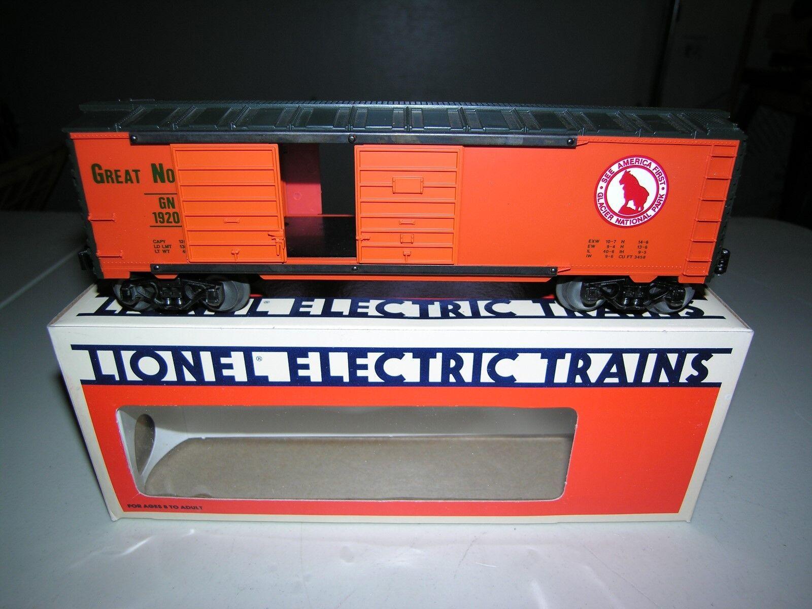 1988 Lionel 6-19205 Great Northern Double Door Box Car