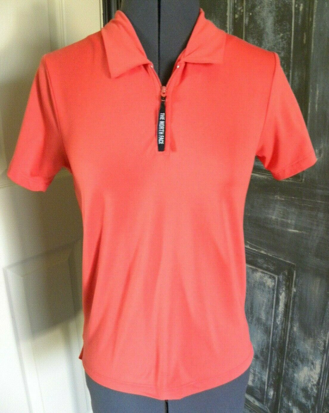 The North Face Women's Orange Short Sleeve 1/4 Zip Polo Shirt Size S