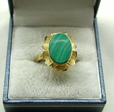 Beautiful Ladies 18ct Gold Large Malachite  Dress Ring