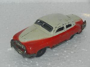 Vintage-Litho-Stampa-Rosso-amp-Bianco-Colore-Auto-Latta-Giocattolo-da-Collezione
