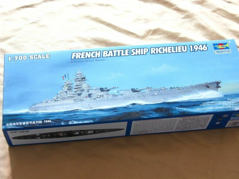 05751 Trumpeter 1 700 Model Scale French Battleship Richelieu 1946 Warship