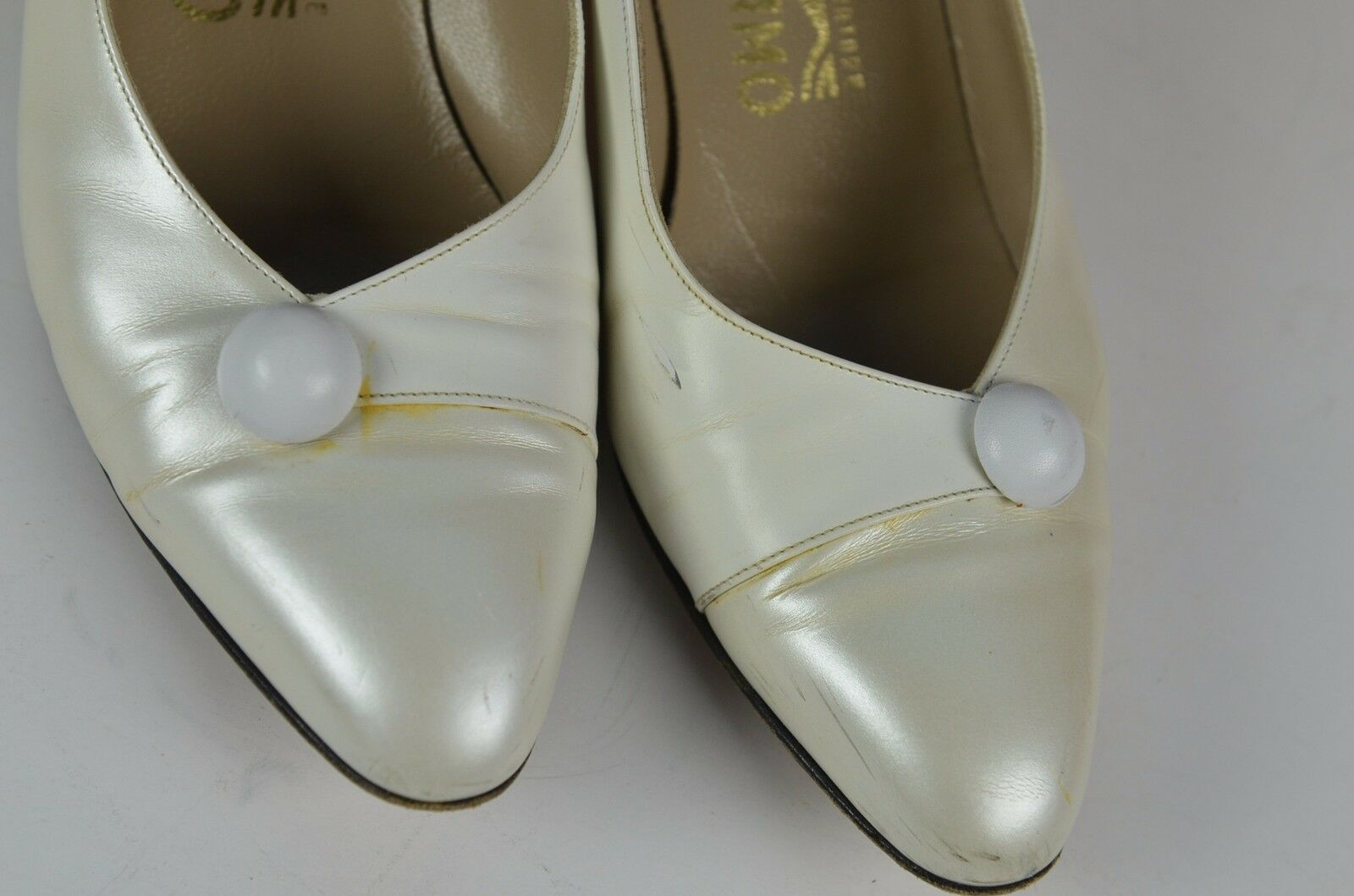 Salvatore Ferragamo Metallic White Pumps Size 8.5 B Career  Round Toe