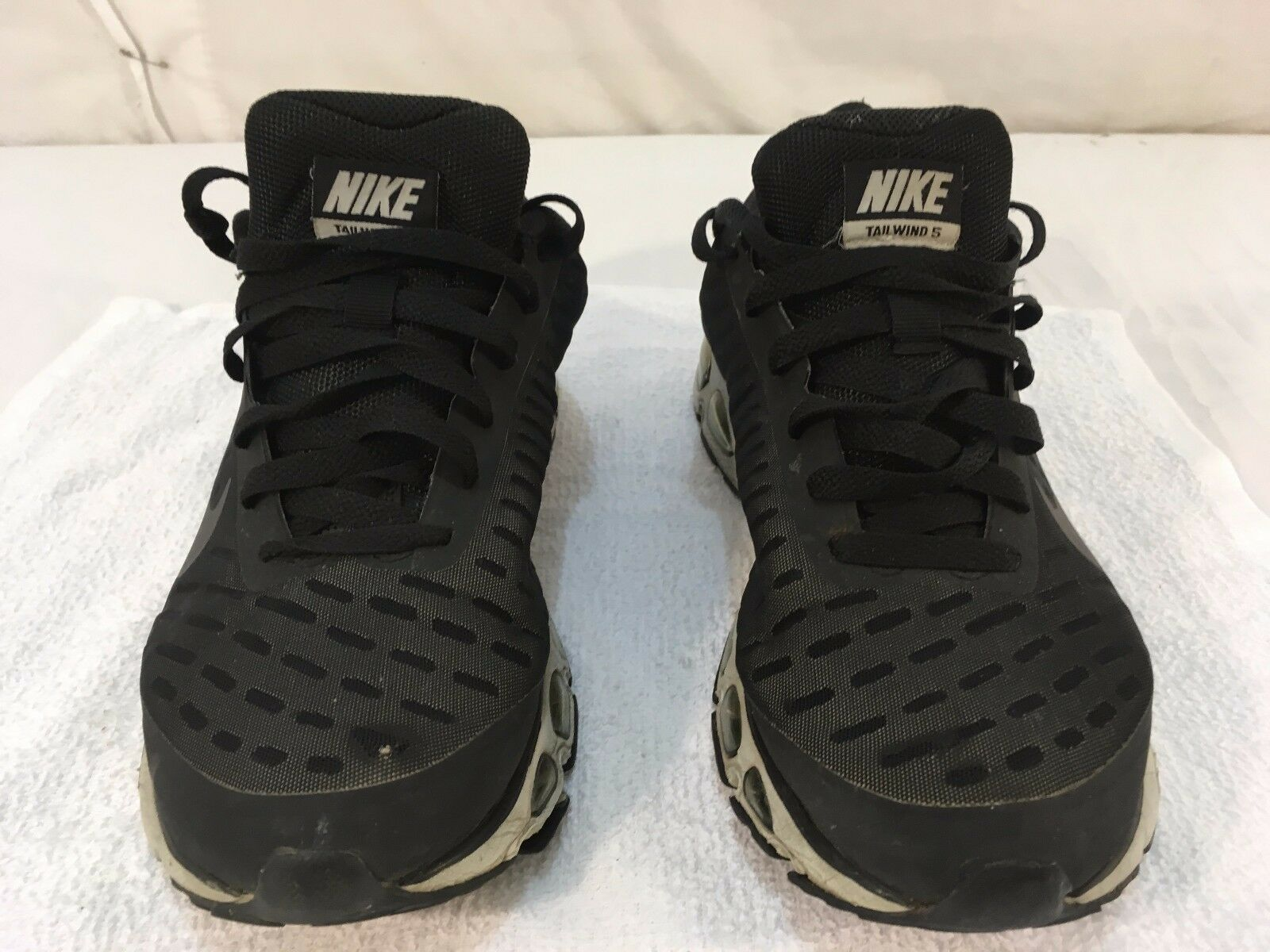 Uomo nike spinta 5 max aria nero cross gray atletico cross nero della scarpa da corsa 6d85c5
