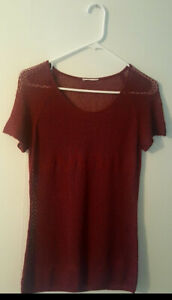 Pre-Owned-Women-s-Burgundy-Knit-Top