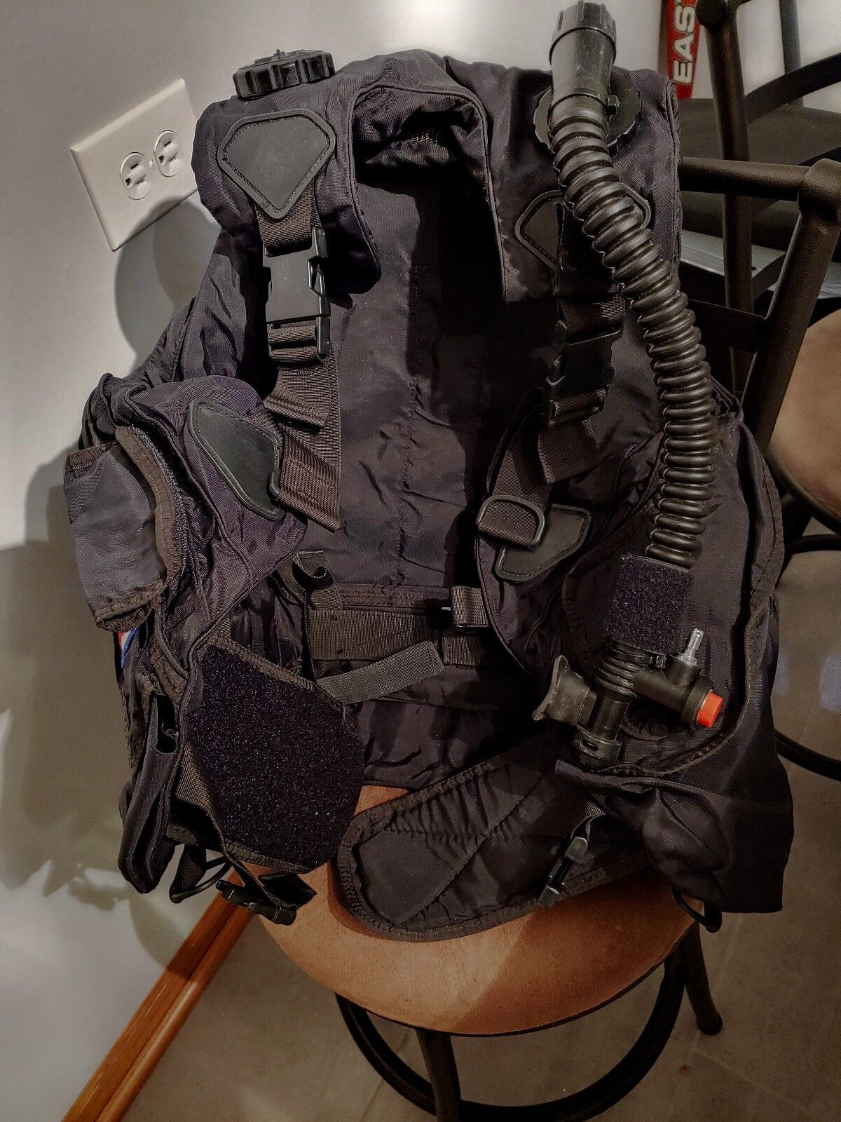US TECH Buoyancy Compensatory Scuba Diver Stabilizer Vest Medium USED
