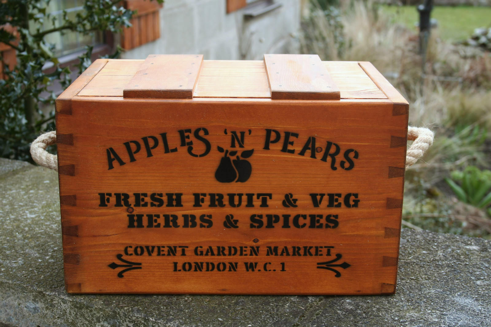 RUSTIC ANTIQUED VINTAGE WOODEN FRUIT & VEG   BOXES CRATES TRUGS HANDMADE