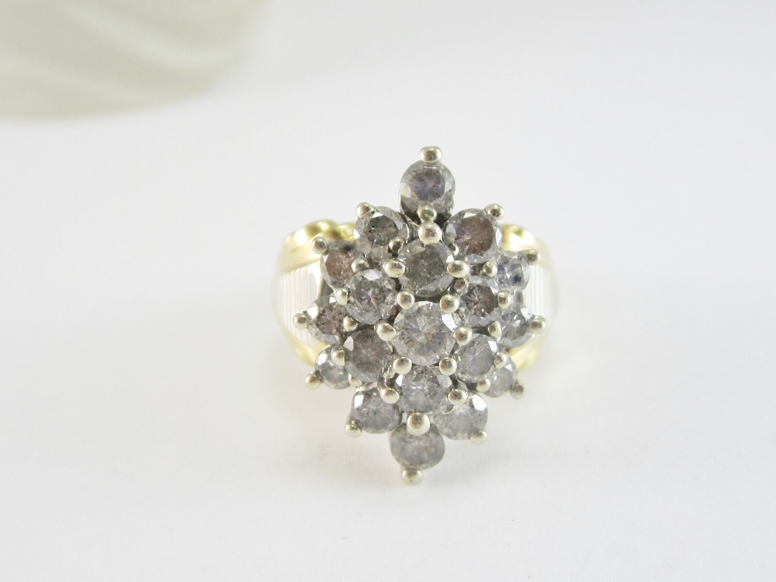 BEAUTIFUL LADIES 10K TWO-TONE gold CLUSTER STYLE DIAMOND RING 9.4G 2.68CT