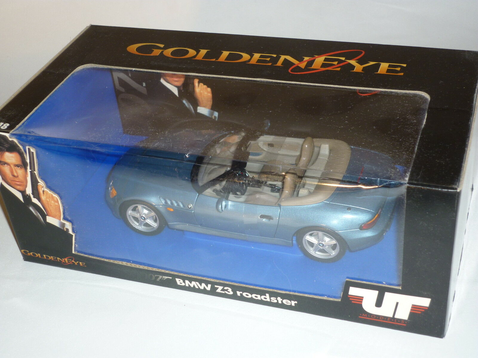 UF James Bond  BMW Z4   Golden eye    boxed
