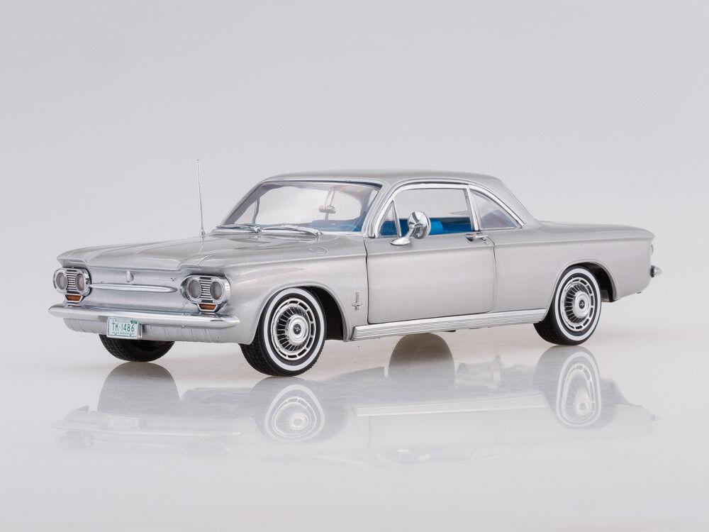 modellolo scala 118 1963 Chevrolet Corvair Coupe Satin argentoo