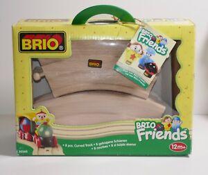 BRIO-Friends-8-Piece-Curved-Track-30360