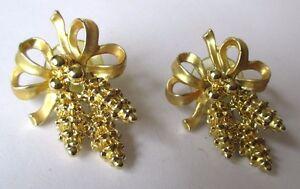 Belles Boucles D'oreilles Percées Bijou Vintage Années 70 Nœud Grappes 467