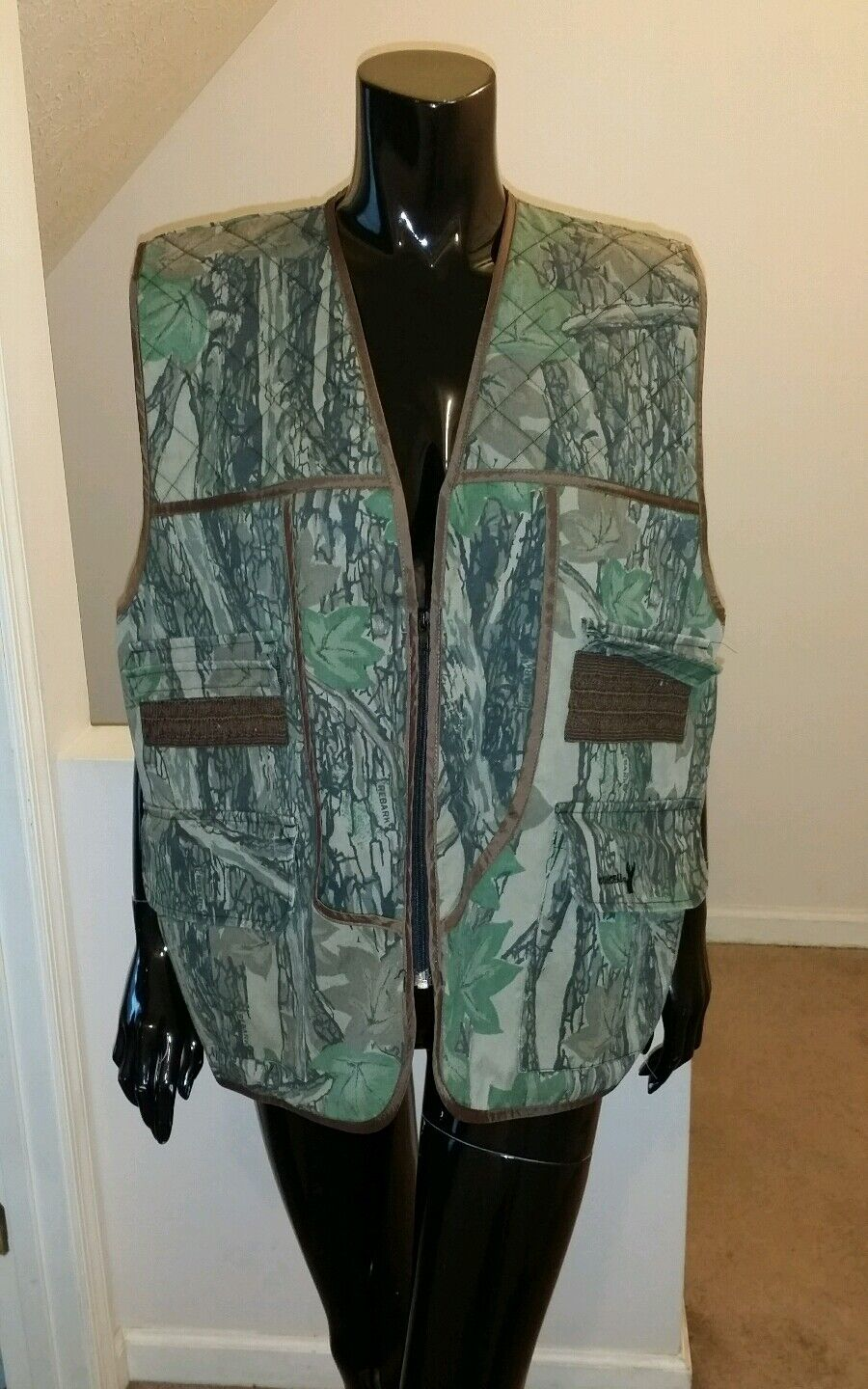 Winchester Mens Camo Hunting Vest Size XL