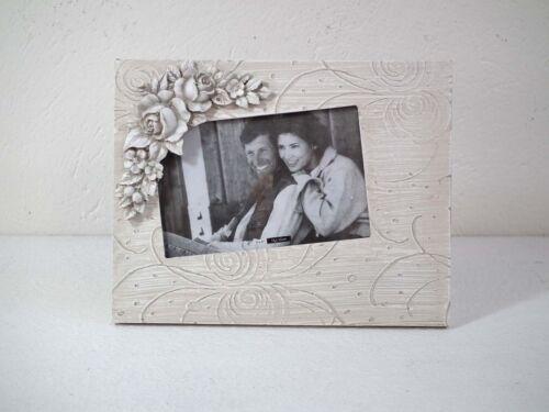 Bilderrahmen Fotorahmen Portraitrahmen beige mit floralem Muster weiß
