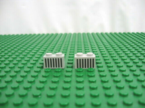 2x LEGO Old Gray Brick 1 x 2 with Black Grille Pattern 6951 6890 1968 #3004p06