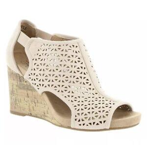 203428b50adc Women s LIFE STRIDE Hinx 2 Beige Blush Cork Wedge Sandals 10 M Brand ...