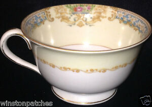 ROSE-CHINA-JAPAN-RO2-FOOTED-CUP-8-OZ-BLUE-TAN-FLORAL-BORDER-URNS-BASKETS
