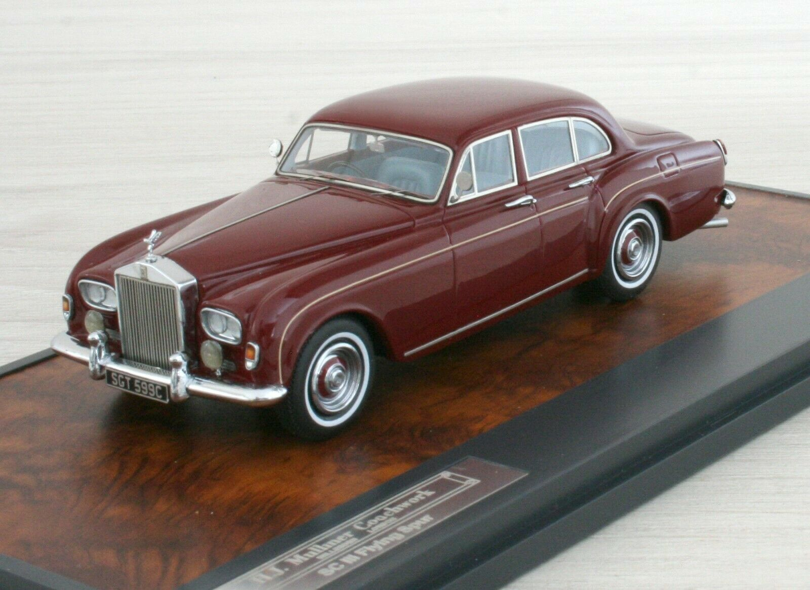 ROLLS ROYCE SC III Mulliner Flying Spur 1965 - MATRIX MX11705-082 - 1 43