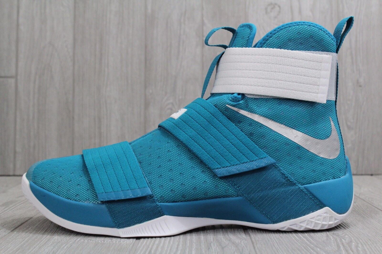 22 New Mens Nike Lebron Soldier X 10 Teal 856489 12.5, 15 Basketball Shoes Seasonal clearance sale