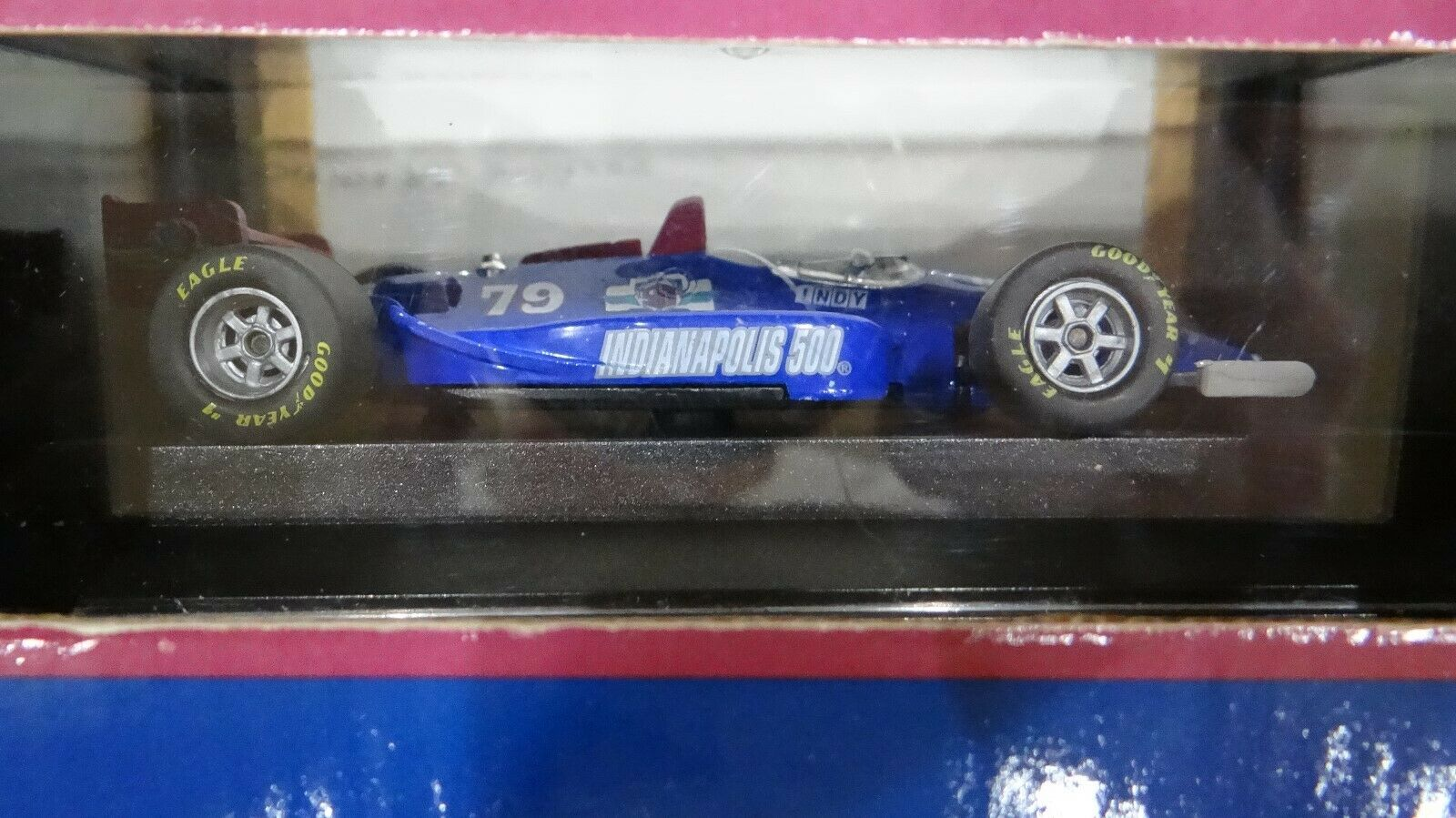 One One One - 1995 IndyCars 1 43 Scale and One 1 64 scale on the card Limited Edition d2f8bb